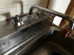 台所蛇口 水漏れ スパウト スピンドル交換