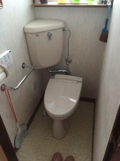 トイレ交換前 (2)