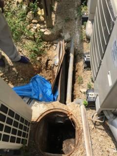 下水つまり 勾配が悪く流れにくいため 下水工事